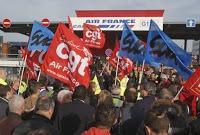 4788258_6_485e_rassemblement-syndical-a-air-france-en-soutien_1236ccf683b984c9737fa87c8911d6b1